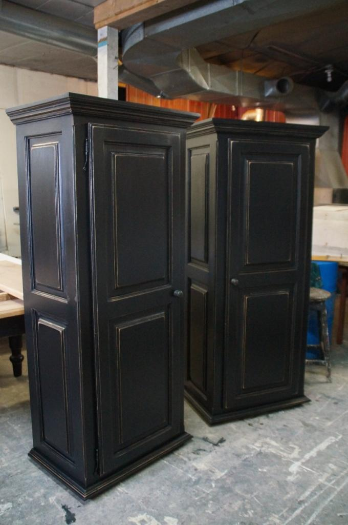 Armoire bonneti re n 5031 le g ant antique for Meuble bonnetiere