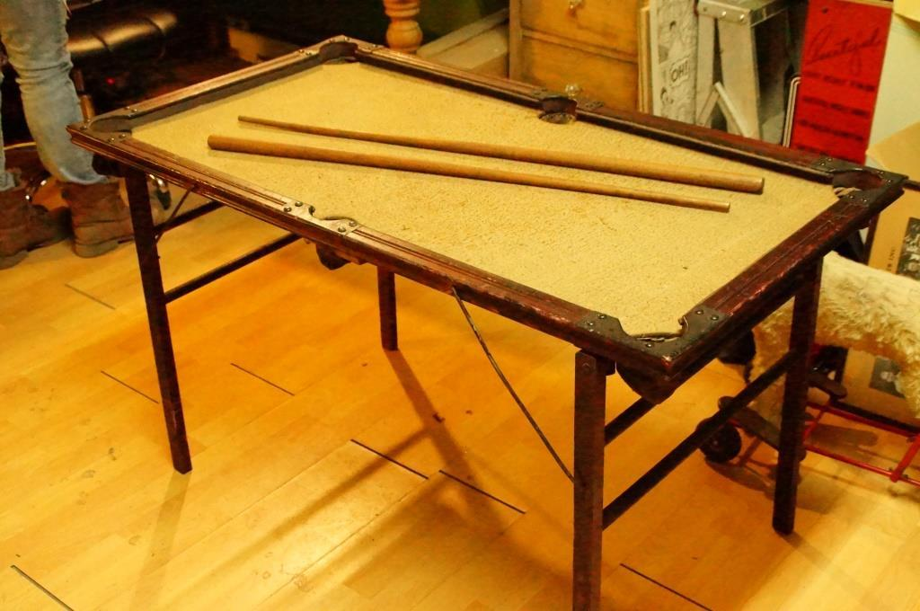 Superieur Nice Rare Antique Little Pool Table